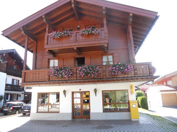 Ferienwohnung für 2 Erwachsene + 2 Kinder in Reit im Winkl | atraveo ...