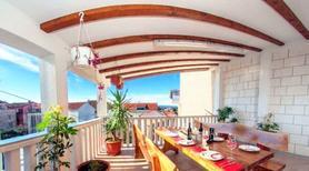 Villa 935904 per 9 persone in Makarska