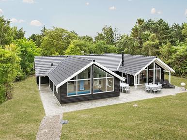 Gemütliches Ferienhaus : Region Seeland für 14 Personen
