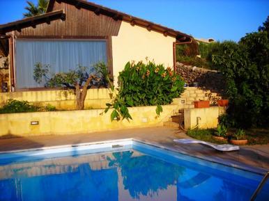 Gemütliches Ferienhaus : Region Sizilien für 16 Personen