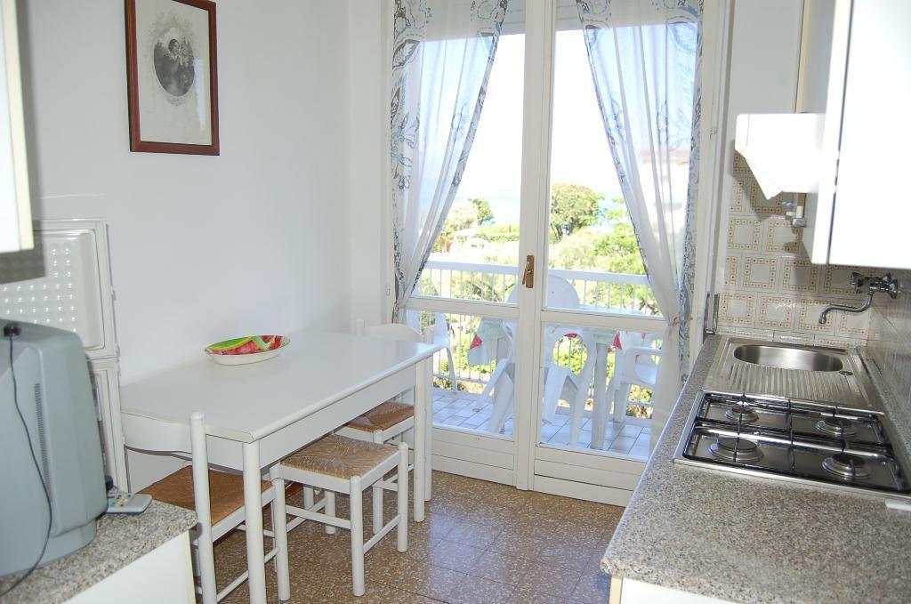Ferienwohnung für 5 Personen ca. 45 m² i   Sirmione