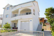 Appartement 938300 voor 4 personen in Okrug Gornji