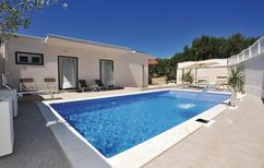 Holiday home 939051 for 8 persons in Makarska