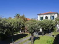 Ferienwohnung 939189 für 9 Personen in Marina Di Massa