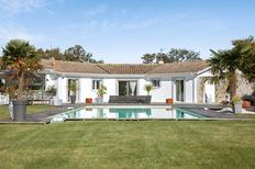 Villa 941761 per 11 persone in Saint-Germain-d'Esteuil