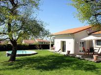 Ferienhaus 942280 für 7 Personen in Bellegarde-en-Forez