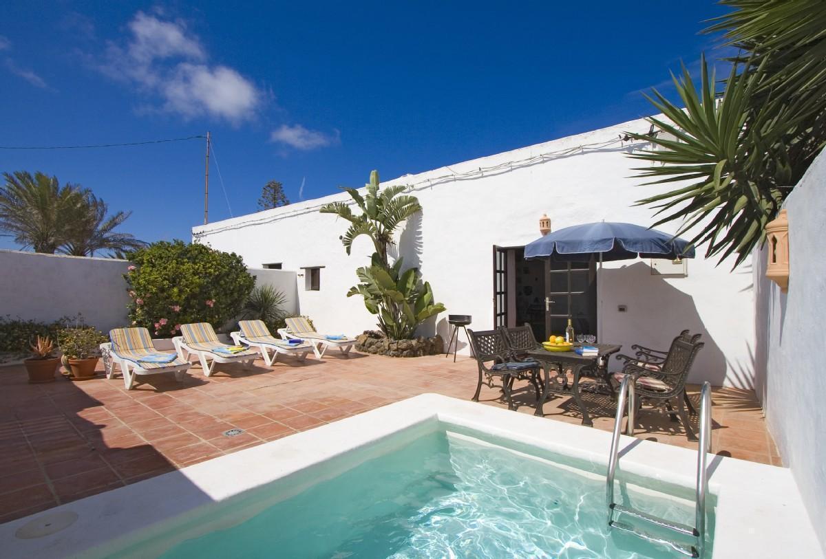 Ferienhaus mit Privatpool für 4 Personen ca.  Bauernhof  Lanzarote