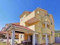 Appartement de vacances 944734 pour 6 personnes , Čižići