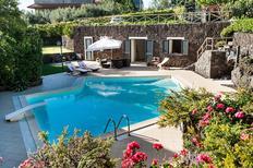 Villa 945596 per 5 persone in Ragalna