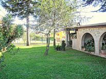 Holiday home 946746 for 6 persons in Piano di Mommio