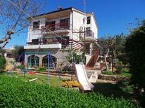 Holiday apartment 946910 for 6 persons in Pomer