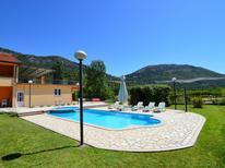 Vakantiehuis 947535 voor 12 personen in Makarska