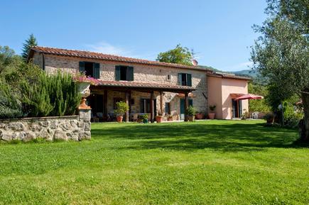 Gemütliches Ferienhaus : Region Santa Fiora für 12 Personen