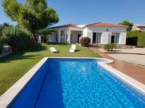 Ferienhaus 948433 für 11 Personen in Calafat Playa