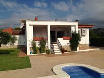 Ferienhaus 948437 für 8 Personen in Calafat Playa