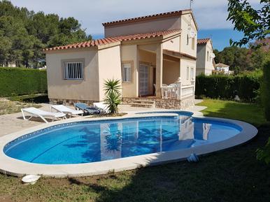 Gemütliches Ferienhaus : Region Costa-Dorada für 9 Personen