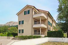 Appartement 949544 voor 6 personen in Baška