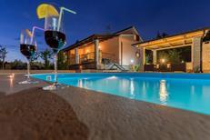 Maison de vacances 950464 pour 10 adultes + 1 enfant , Vodnjan