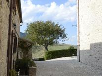 Appartement 951919 voor 3 personen in Petrella Guidi