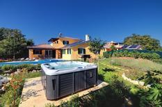 Vakantiehuis 951960 voor 8 personen in Rezanci