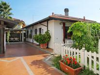 Ferienhaus 952760 für 3 Personen in Marina Di Massa