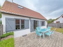 Holiday home 953419 for 6 persons in Bredene