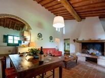 Ferienhaus 954807 für 8 Personen in Ghizzano