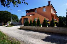 Holiday apartment 954874 for 4 persons in Fažana