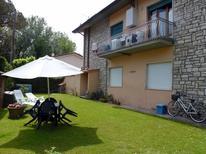 Casa de vacaciones 955026 para 5 personas en Forte dei Marmi