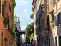 Semesterlägenhet 955839 för 7 personer i Rom – Centro Storico