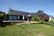Holiday home 955856 for 10 persons in Plouhinec by Quimper