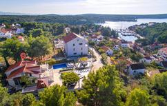 Ferienhaus 957254 für 16 Personen in Milna auf Brac
