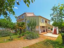 Holiday apartment 957413 for 4 persons in Fažana