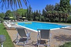 Ferienhaus 958345 für 15 Personen in Fabriano
