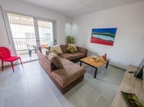 Appartement 958650 voor 6 personen in Roses