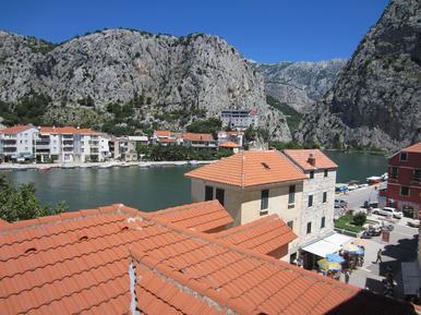 Für 7 Personen: Hübsches Apartment / Ferienwohnung in der Region Makarska Riviera
