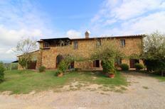 Ferienhaus 962168 für 14 Personen in Torrita Di Siena