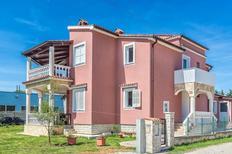 Appartement 962578 voor 6 personen in Sikici