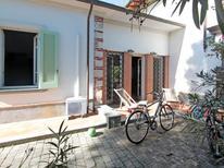 Vakantiehuis 963048 voor 4 personen in Forte dei Marmi