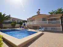Casa de vacaciones 965254 para 10 personas en Benijófar