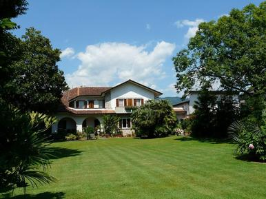 Gemütliches Ferienhaus : Region Cinquale für 13 Personen