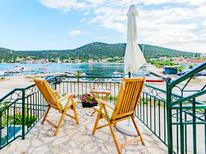 Holiday home 966030 for 5 persons in Vinisce