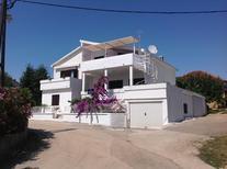 Vakantiehuis 967425 voor 14 personen in Kožino
