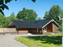 Holiday home 967693 for 5 persons in Långasand