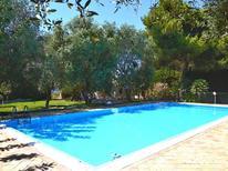 Ferienhaus 968854 für 6 Personen in Punta Milocca
