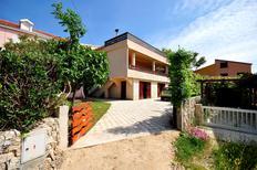 Appartamento 968896 per 5 persone in Povljana