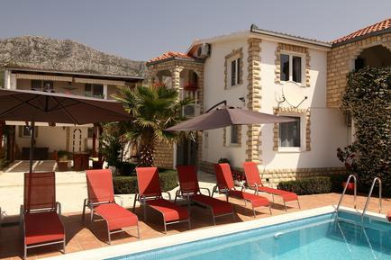 Für 4 Personen: Hübsches Apartment / Ferienwohnung in der Region Split-Dalmatien