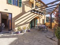 Ferienwohnung 969126 für 6 Personen in Castellaro