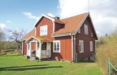 Holiday home 969336 for 6 adults + 2 children in Älmhult