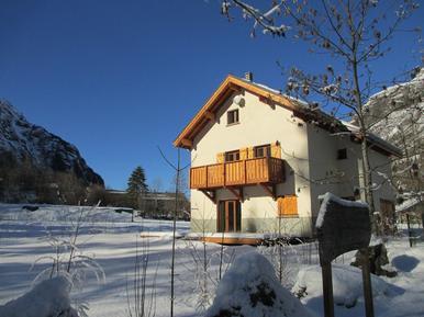Gemütliches Ferienhaus : Region Französische Alpen für 14 Personen